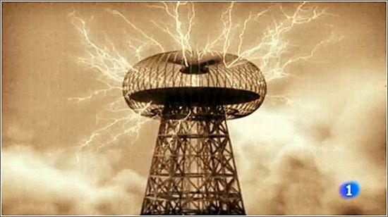Dos físicos rusos quieren reconstruir la torre Tesla para dar energía sin cables al mundo Tesla-10