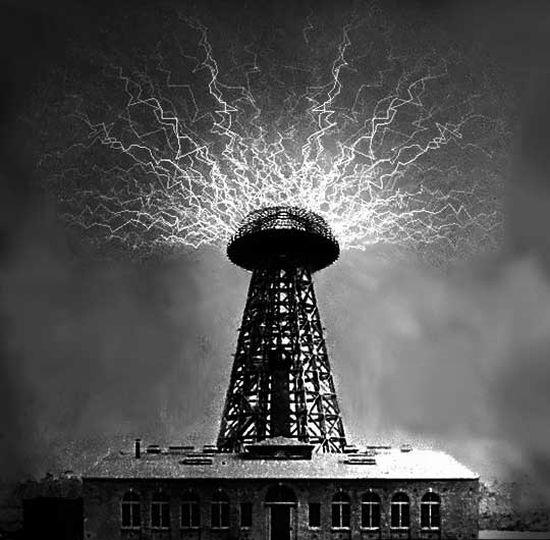 Dos físicos rusos quieren reconstruir la torre Tesla para dar energía sin cables al mundo Teslat10