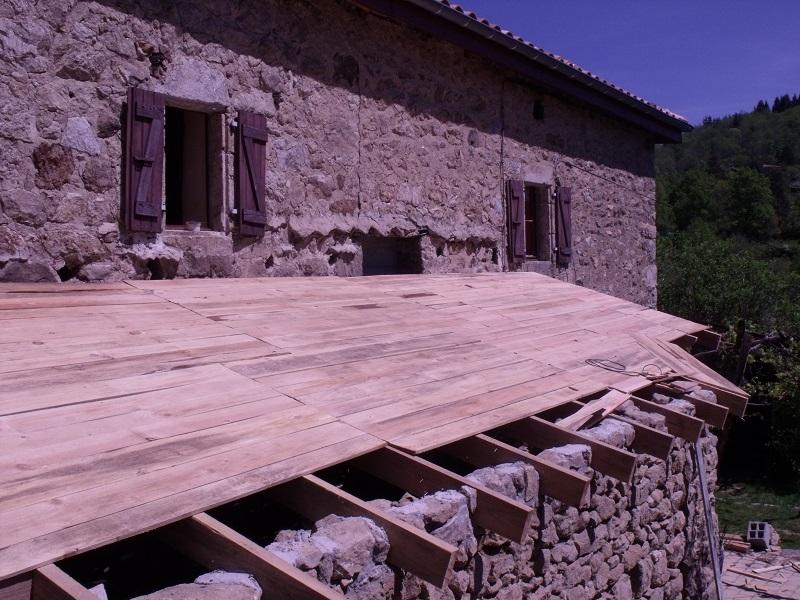 travaux toiture et realisation sas entre D513