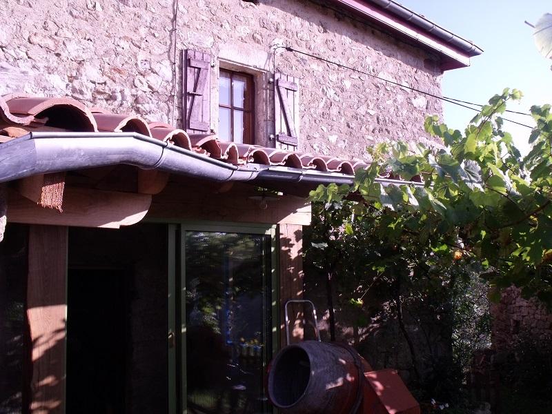 travaux toiture et realisation sas entre Dscf4531