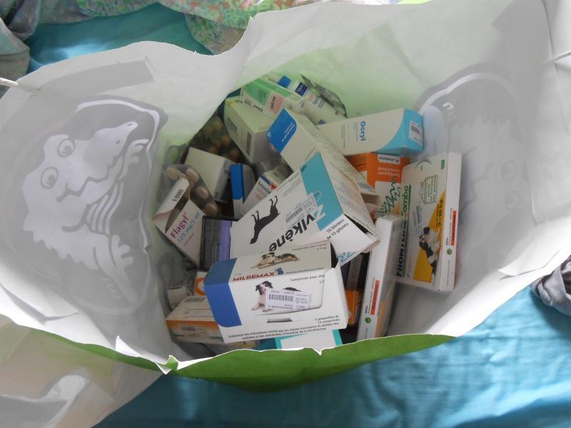 Don de médicaments  Dscn9710