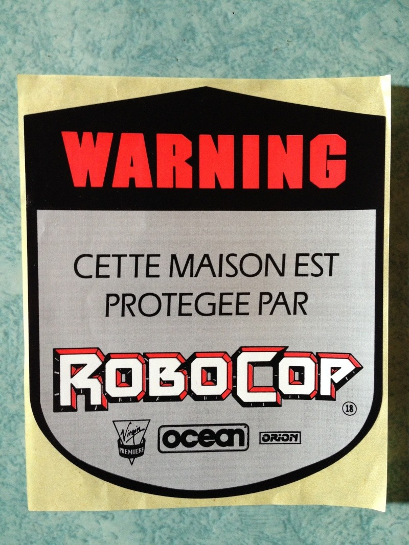 """Auto collant Robocop """"Cette maison est protégée par Robocop"""" Img_1110"""