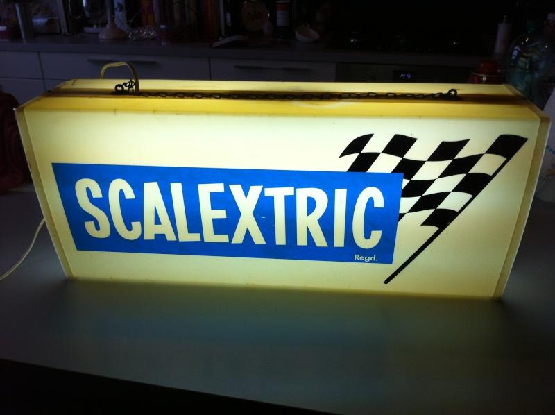 Enseigne lumineuse Scalextric - Vendu Photo_22
