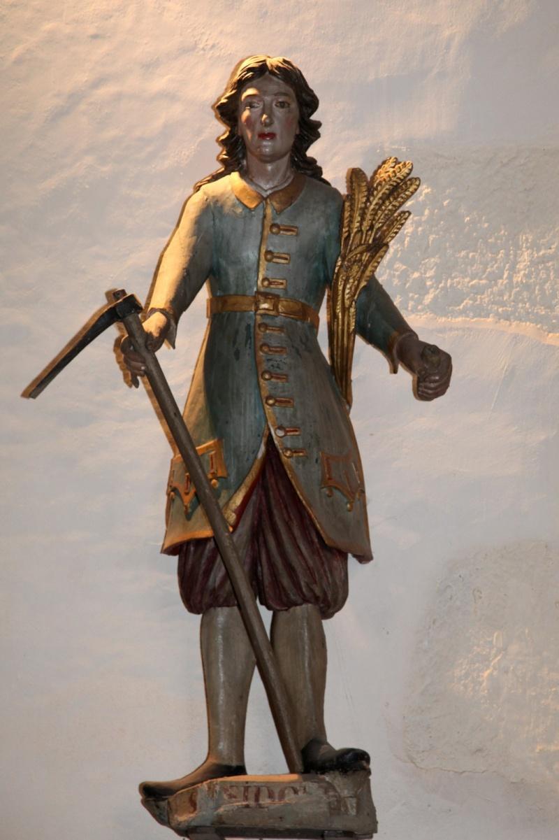 Saint-Isidore ou le costume Breton Aglise13