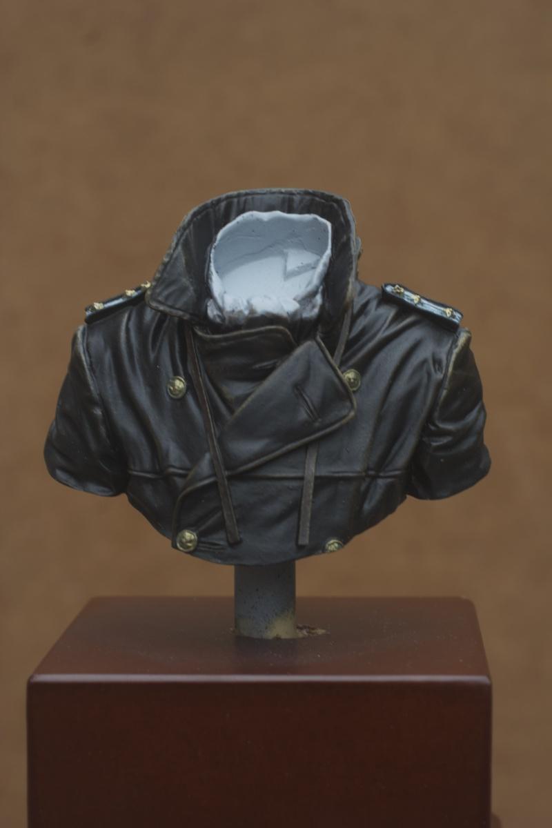 Buste U-Boat Commander - le début: la veste. 27/05 Img_5634