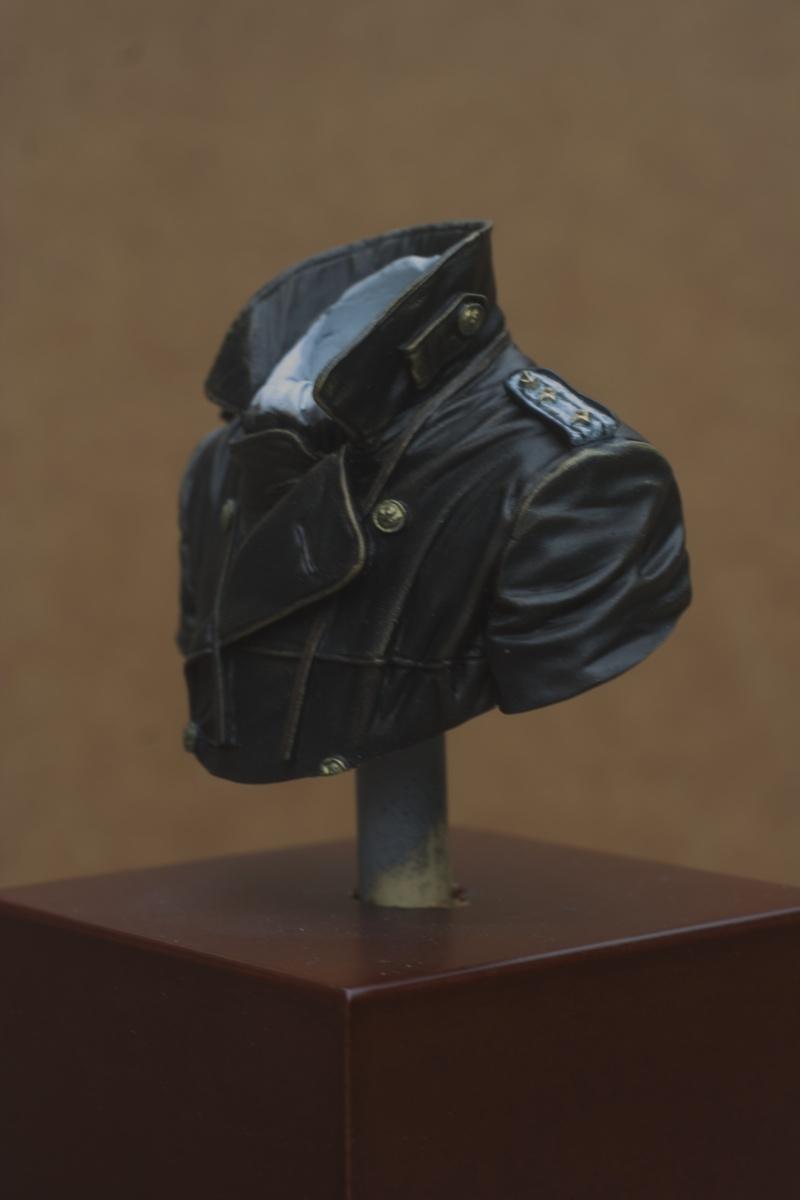 Buste U-Boat Commander - le début: la veste. 27/05 Img_5635