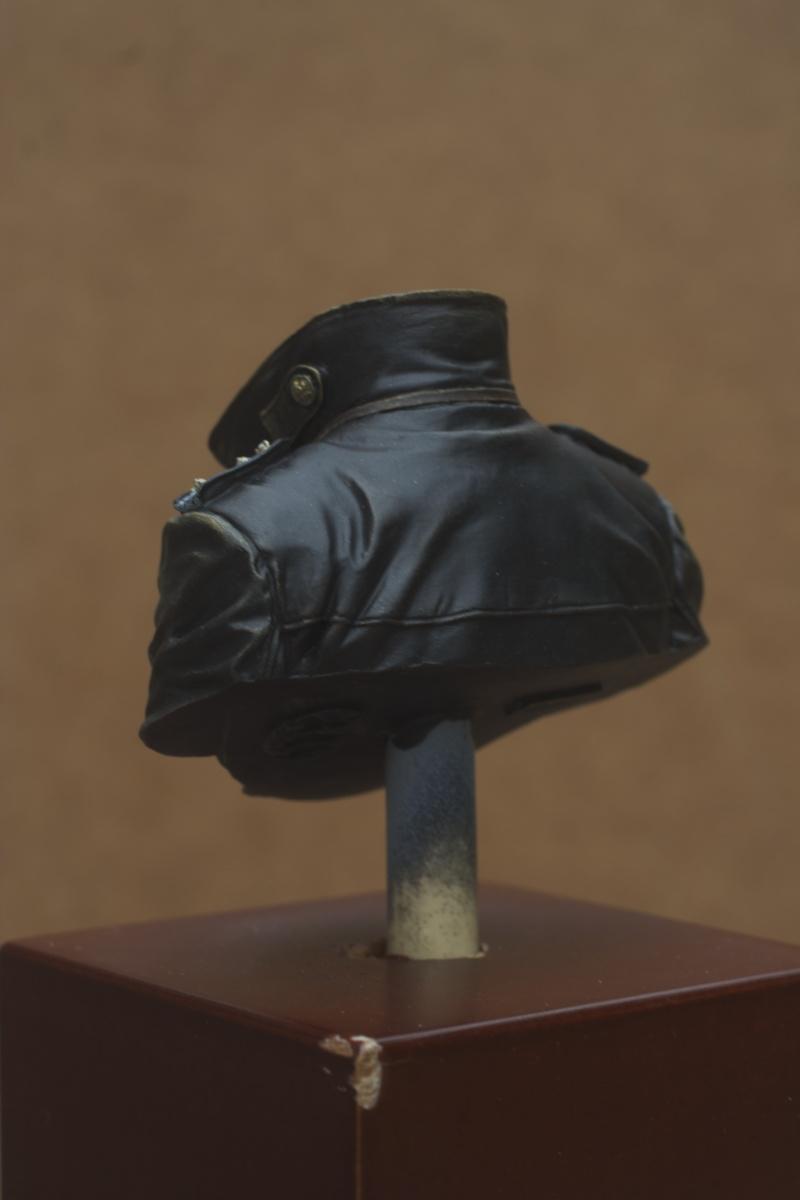 Buste U-Boat Commander - le début: la veste. 27/05 Img_5637
