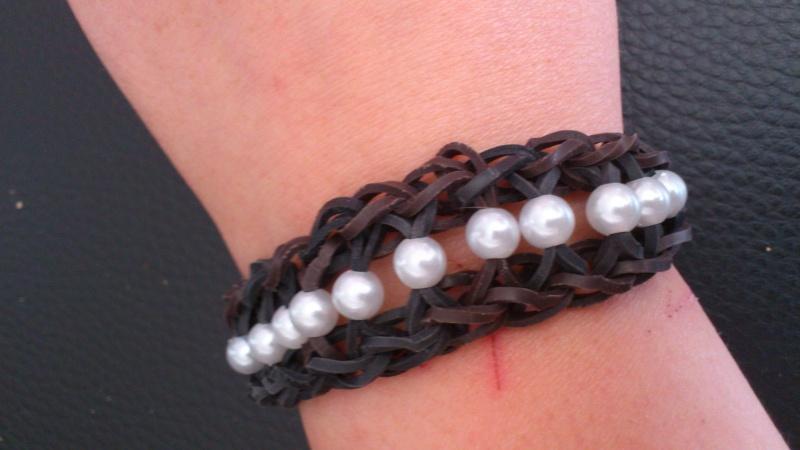 bracelets en élastiques - Page 2 Dsc_0377