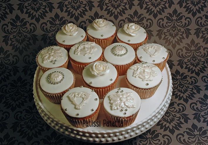 Cupcakes : recettes et décors simples - Page 21 Cupcak10