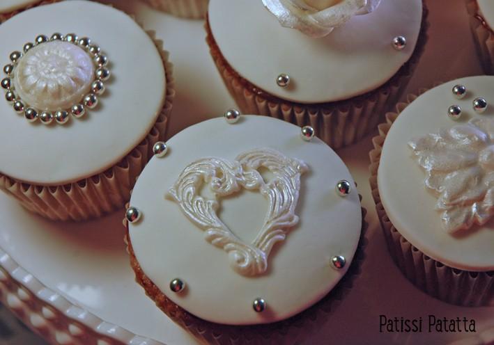 Cupcakes : recettes et décors simples - Page 21 Cupcak11