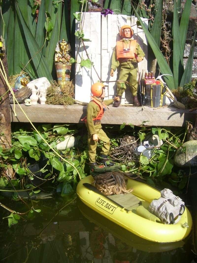 Royal Marine Explorer on Nil River 100_8625