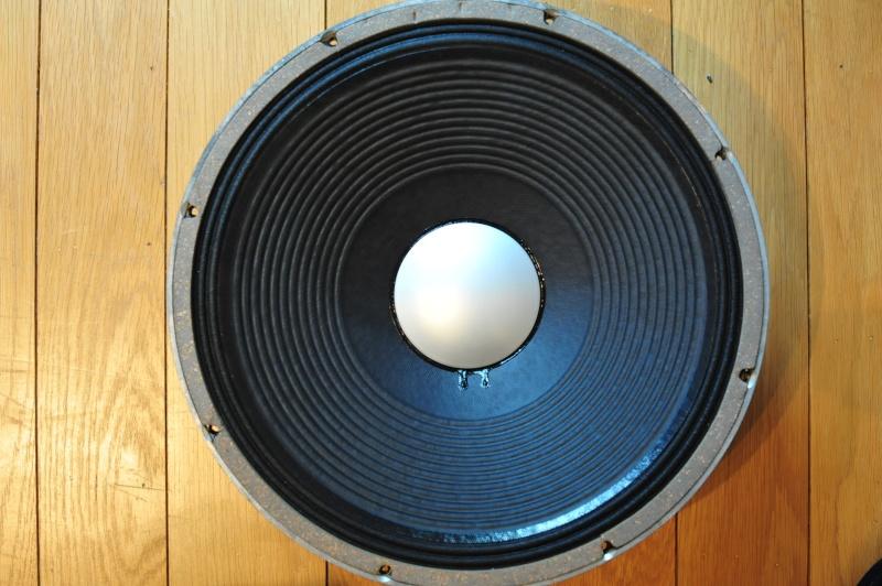 Réédition limitée de la   Will Audio C115 , full JBL Alnico  Dsc_1812