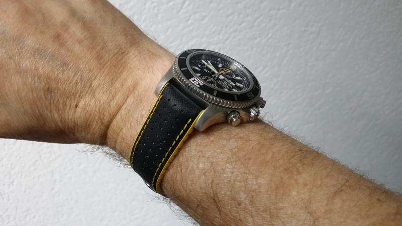 Quel genre de bracelet portez vous l'été ? Breitl10