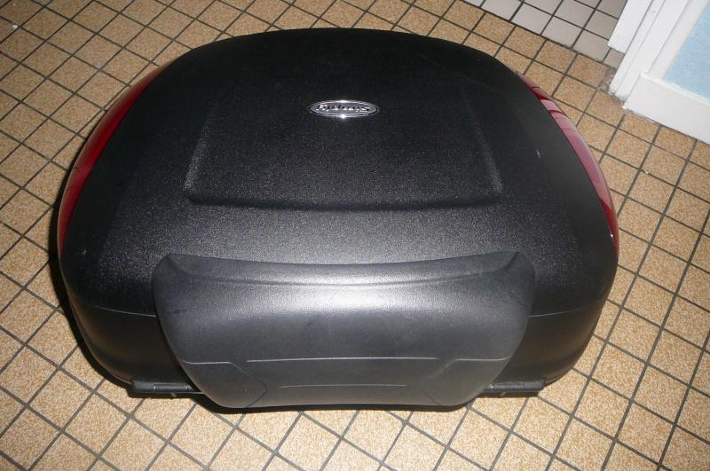 sondage top case sur 1000 GTS P1060413