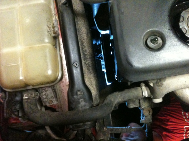 Grosse fuite d'huile Bravo 1,9 TD 75 Img_0912