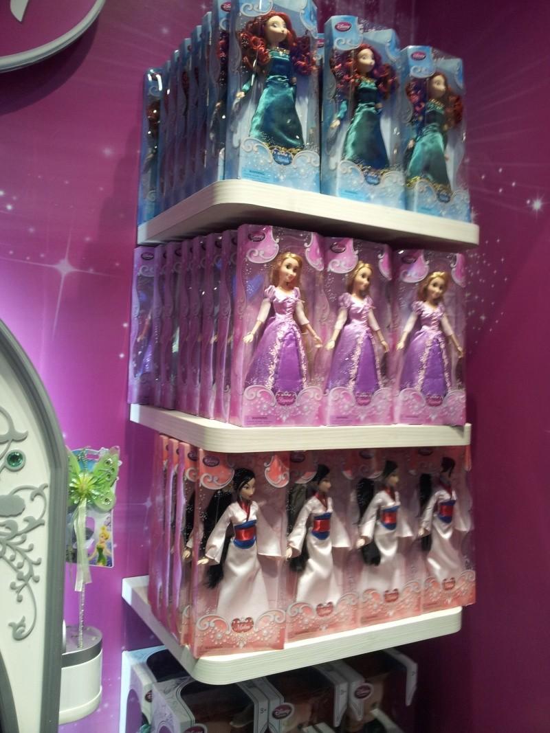 Poupées Classiques du Disney Store et de Disneyland - Page 39 20140679