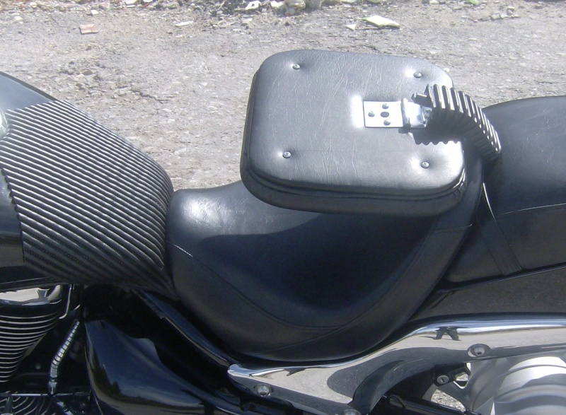 I made the cheapest driver backrest pad for the M800 Hpim2315