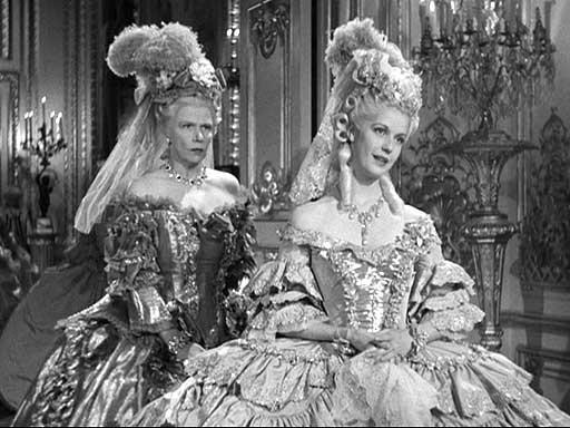 Marie Antoinette avec Norma Shearer (Van Dyke) - Page 8 03ma10