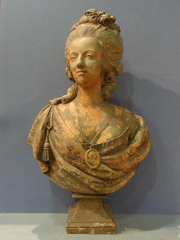 A vendre: bustes Marie Antoinette 430c1610