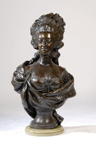 A vendre: bustes Marie Antoinette 59250010