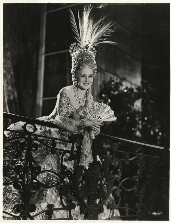 Marie Antoinette avec Norma Shearer (Van Dyke) - Page 8 936ful10