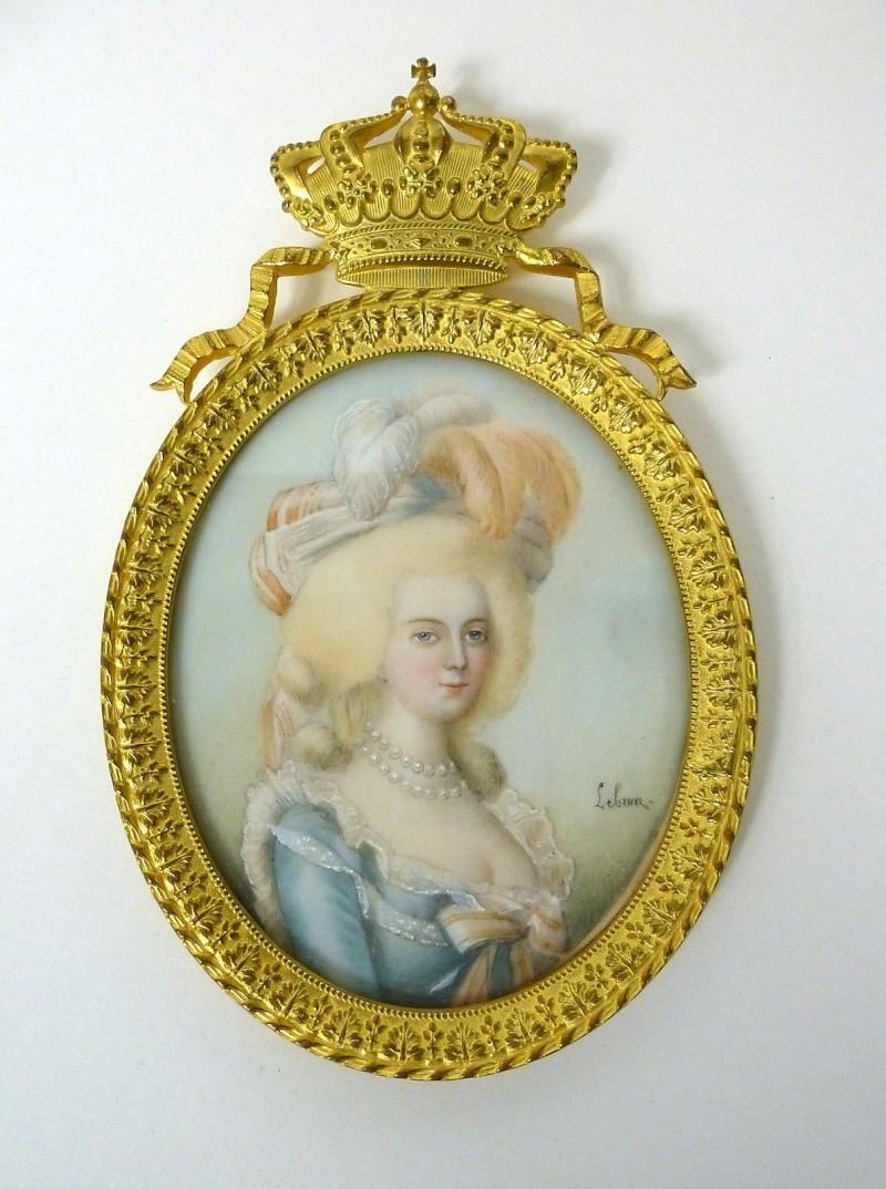 A vendre: miniatures de Marie Antoinette et de ses proches - Page 3 _5718