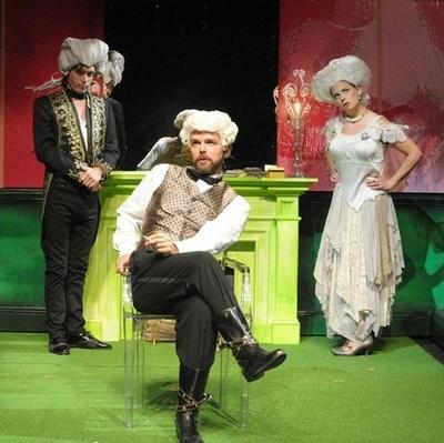 """Marie Antoinette - Let Them Eat Cake"" de David Adjimi au Woolly Mammoth Theatre Dc092310"