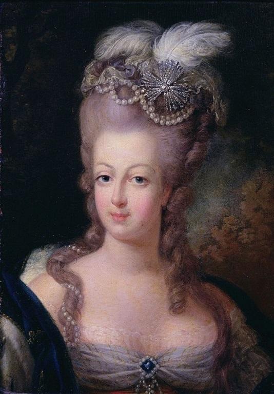 A vendre: miniatures de Marie Antoinette? Ma1011