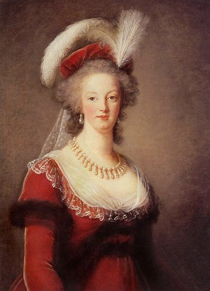 Marie-Antoinette en robe rouge sans ses enfants Photo_10