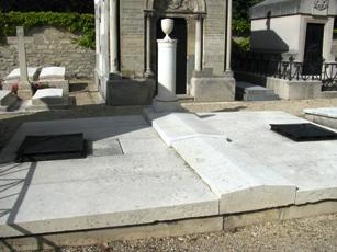 Le cimetière de Picpus - Page 2 Polign10