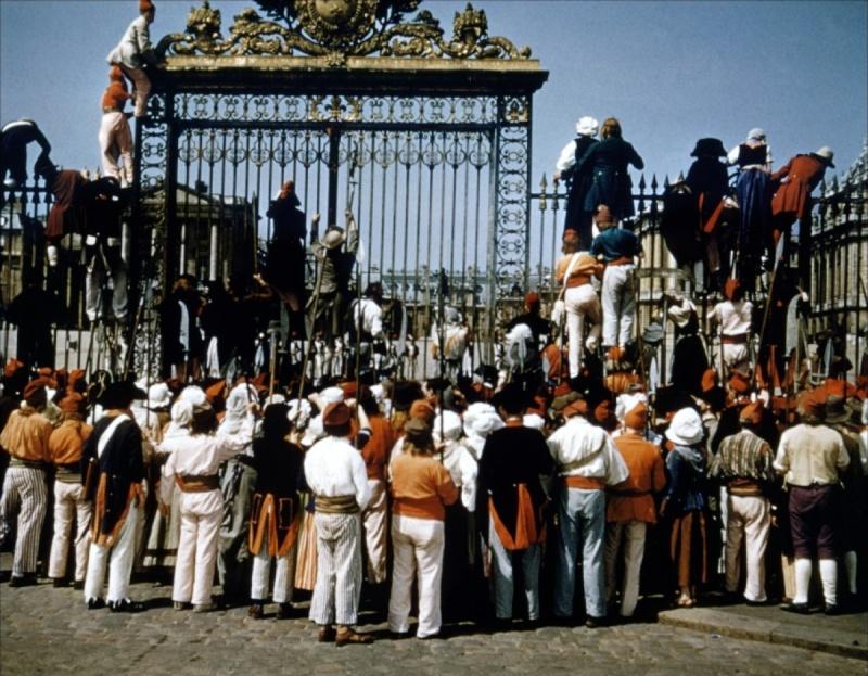 Si Versailles m'était conté (Lana Marconi), réalisé par Sacha Guitry en 1953 Si-ver12