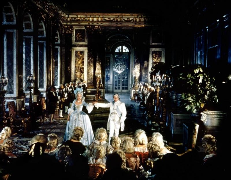 Si Versailles m'était conté (Lana Marconi), réalisé par Sacha Guitry en 1953 - Page 2 Si-ver14