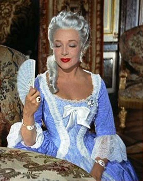 Si Versailles m'était conté (Lana Marconi), réalisé par Sacha Guitry en 1953 - Page 2 Si-ver17