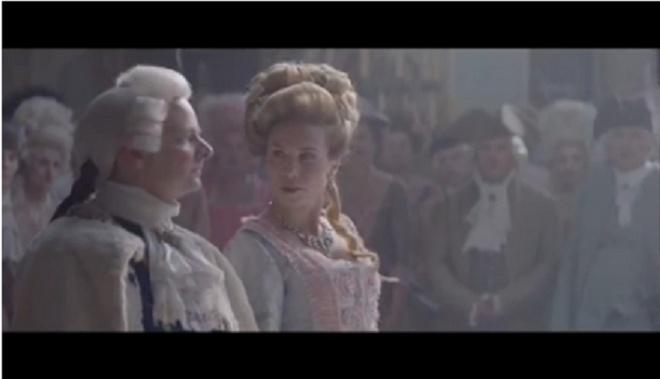 Marie-Antoinette dans les images publicitaires - Page 4 Zcactu10
