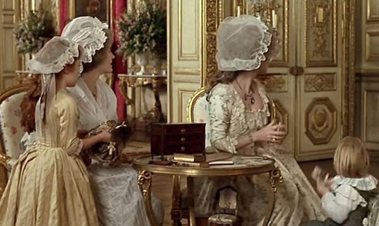 Jane Seymour - Les Années Lumières (Enrico) et Les Années Terribles (Heffron), avec Jane Seymour - Page 4 Zrev12