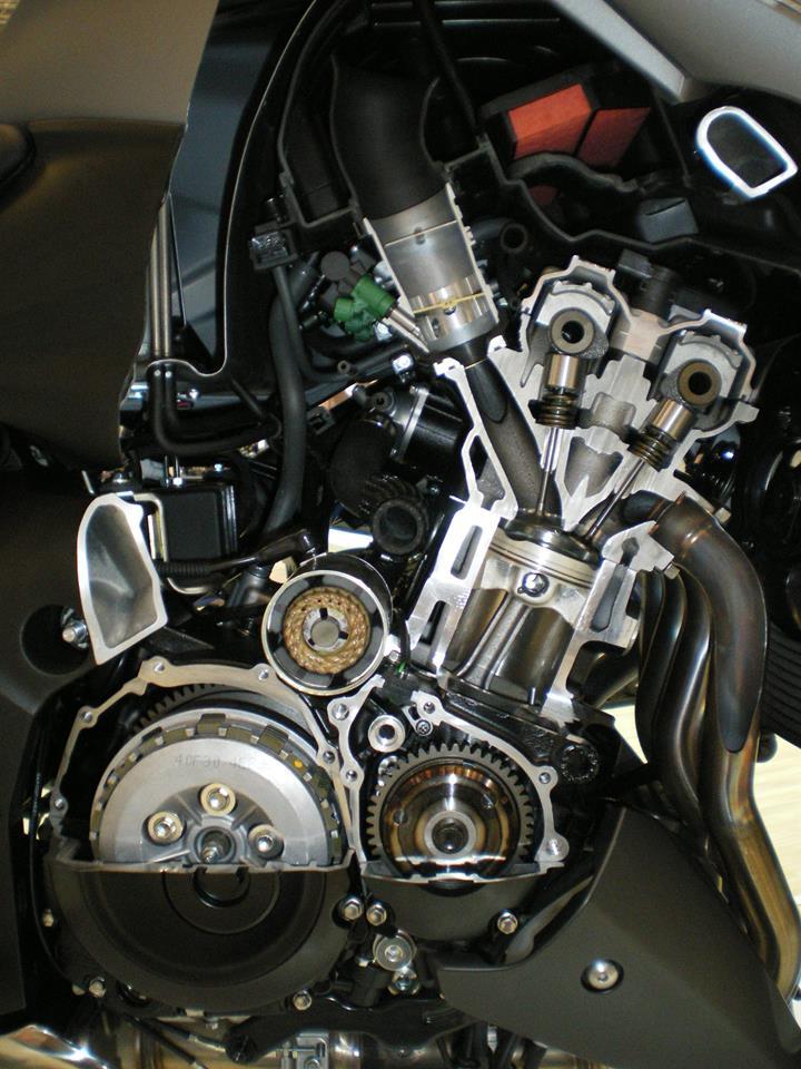 Suzuki GSX et GSXS 1000 ... - Page 6 10388610
