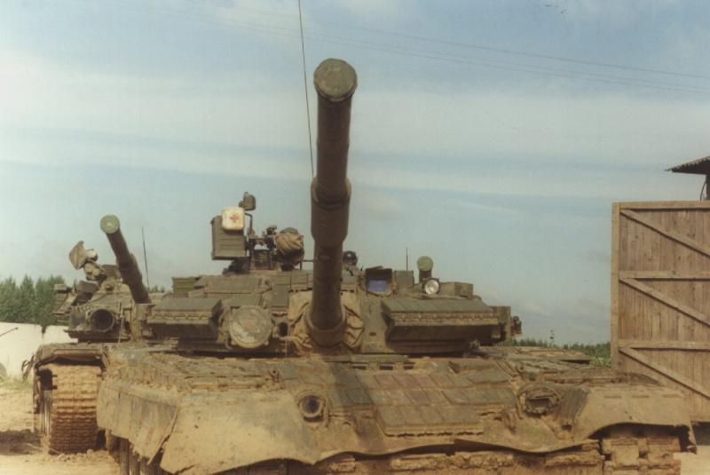 RUSSIAN T-80  [1/35° Lindberg] T80b_310