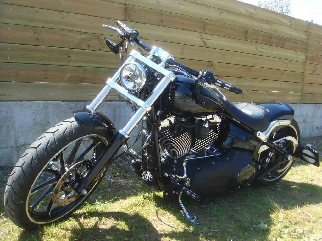 Combien de breakoutboy sur le Forum Passion-Harley ?? - Page 4 Dsc02310