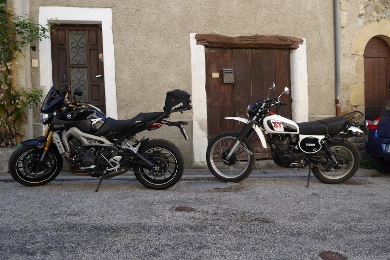 La Jeune ou l'ancienne Yamaha ? 35 ans les séparent ! P1030310