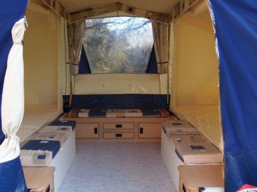 Double toit dans une caravane pliante Hylios10