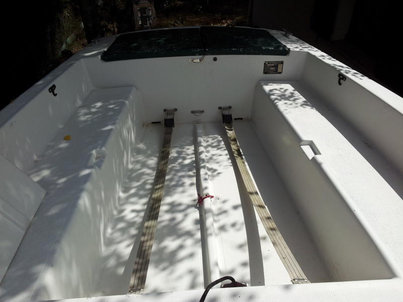 Présentez vos bateaux - Page 2 20120817