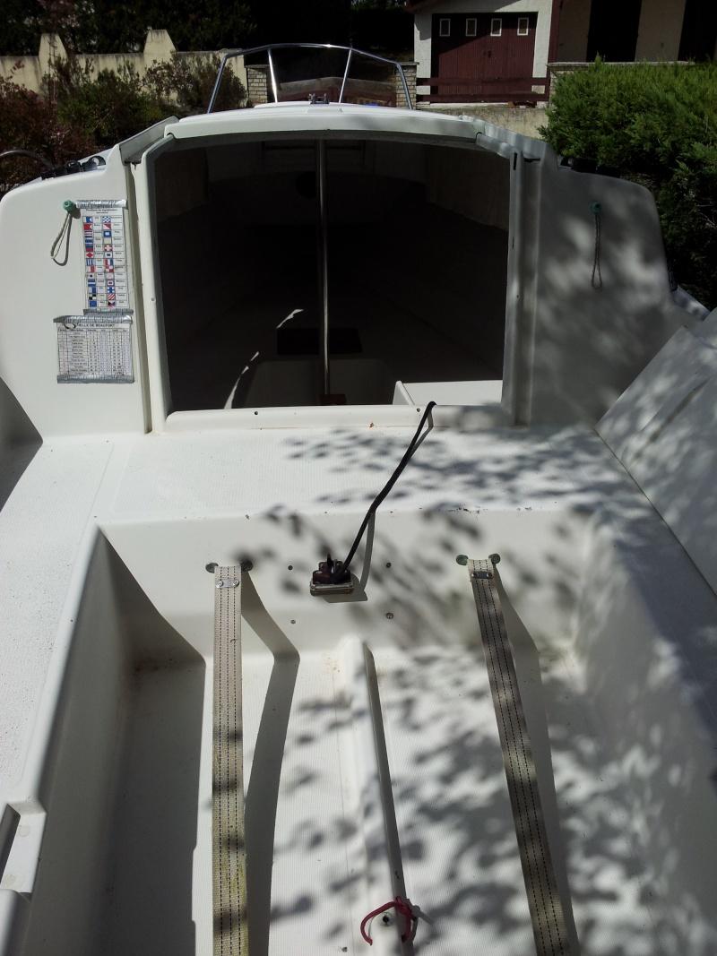 Présentez vos bateaux - Page 2 20120818
