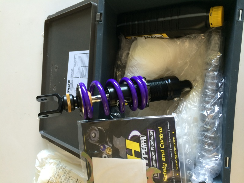 HYPERPRO STREETBOX kit ressorts fourche +amortisseur qui connait ? - Page 2 Img_0426