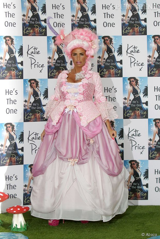 les hommages ratés des stars à Marie-Antoinette 11086610