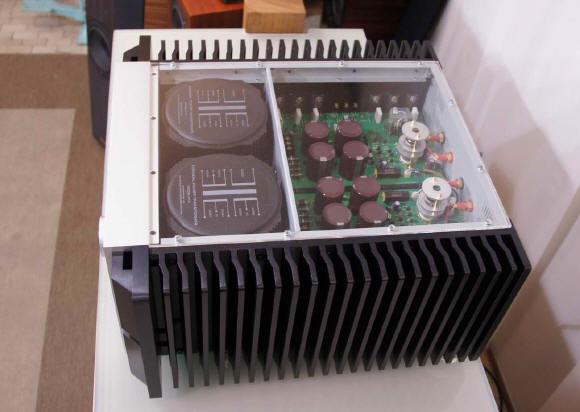 ...esiste un classe T o D, che potrebbe far suonare bene delle torri Monitor Audio Silver 10??? - Pagina 2 Sopra210