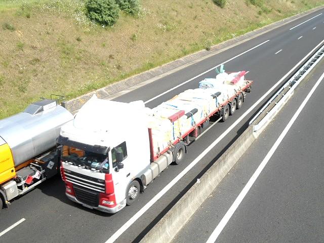 Demeautis Transports (Saint Hilaire Petitville, 50) Dsc02528