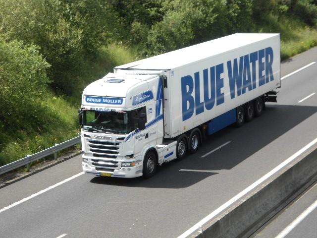 Blue Water  Dsc02636
