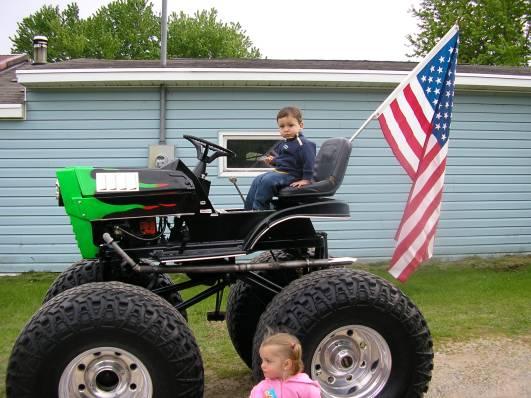 cool tractors  Big_gr10