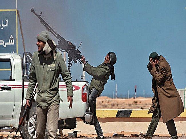 Les photos qui derangent Kadafi10