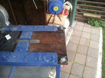 Space saving work bench 20140612
